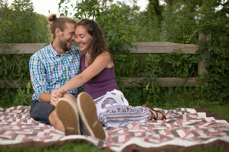 bloomington_engagement_photographers_amanda&paul_03