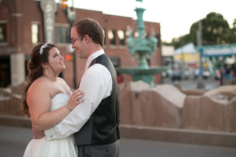 fountain_square_theater_wedding_marina&dan_15